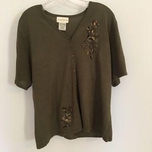 3/$15 Jaclyn Smith Green Short Sleeve Sweater